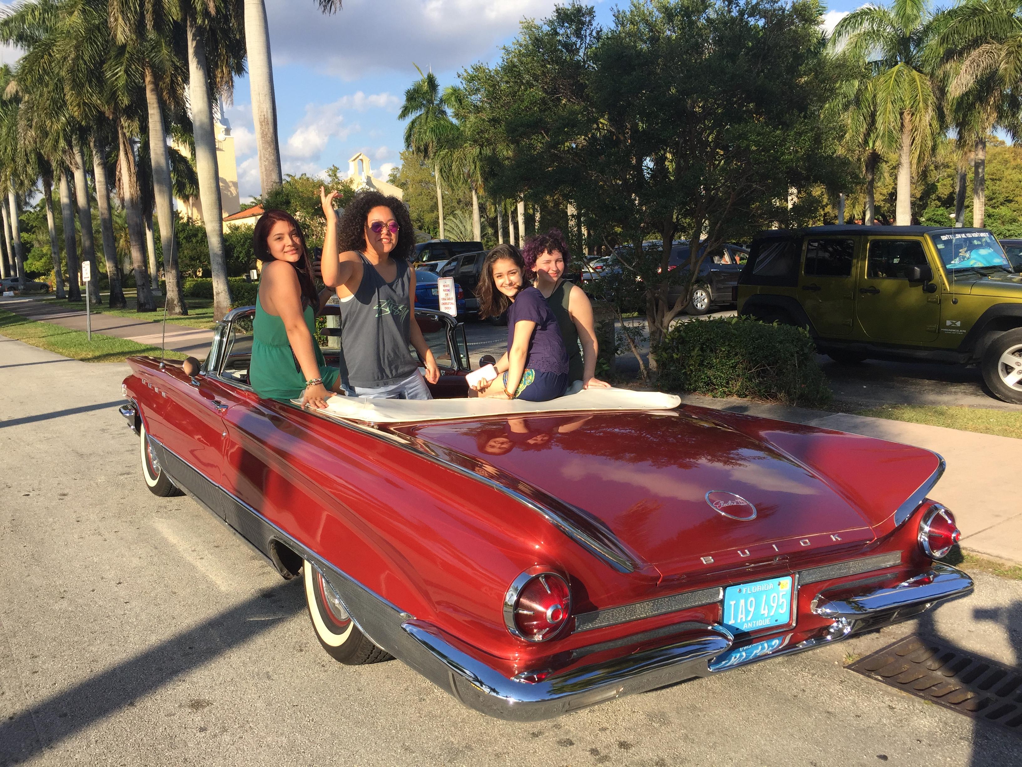 Half Day Classic Car Tour Miami, Miami Beach, Gables