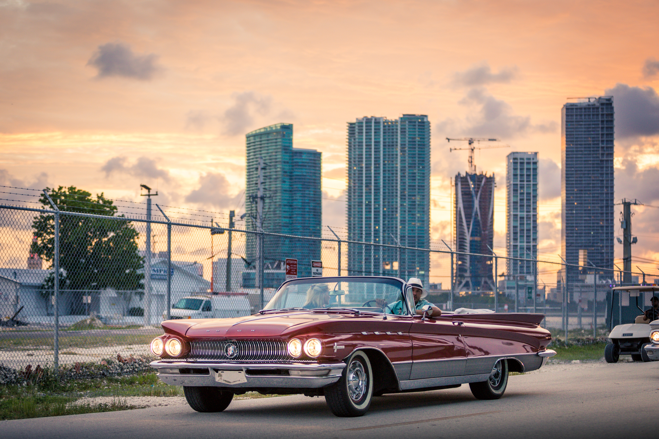 American Dream Tour Miami SightSeeing City Tours Classic Car Tours