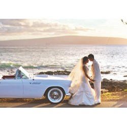 How to Rent a Classic Convertible Car for a Photoshoot?